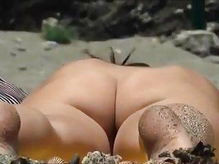 Praia despida - mais um ótimo dia pervertido