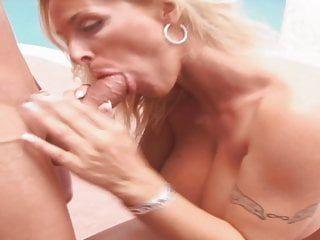 Large tit milf oral-sex